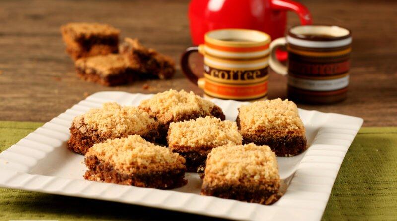 Brownie de paçoca e café para a festa junina - Clube das Comadres