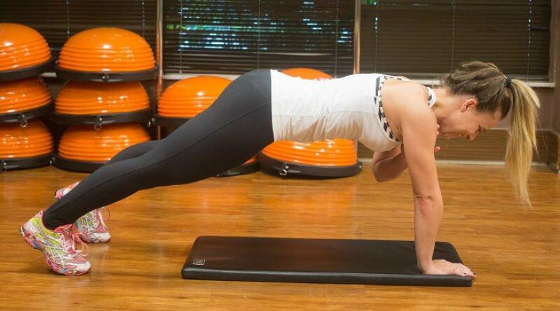 Exercícios para fortalecer e definir a sua barriga - Clube das Comadres 8