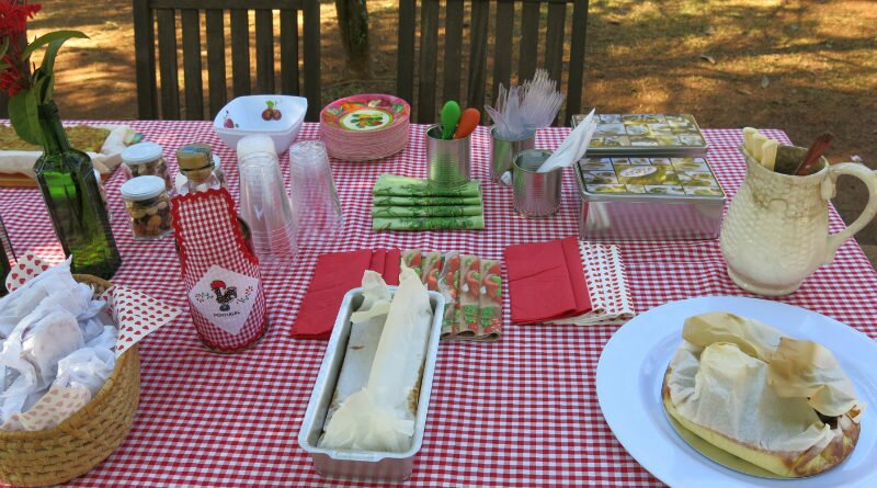 Piquenique com boa comida, bebida e companhia - Clube das Comadres