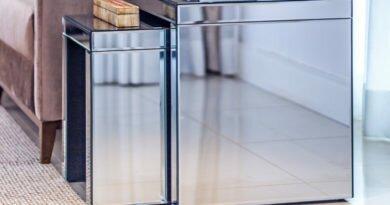 Móveis espelhados para decorar com elegância - Clube das Comadres