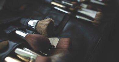 Cursos de make e penteado para iniciantes - Clube das Comadres
