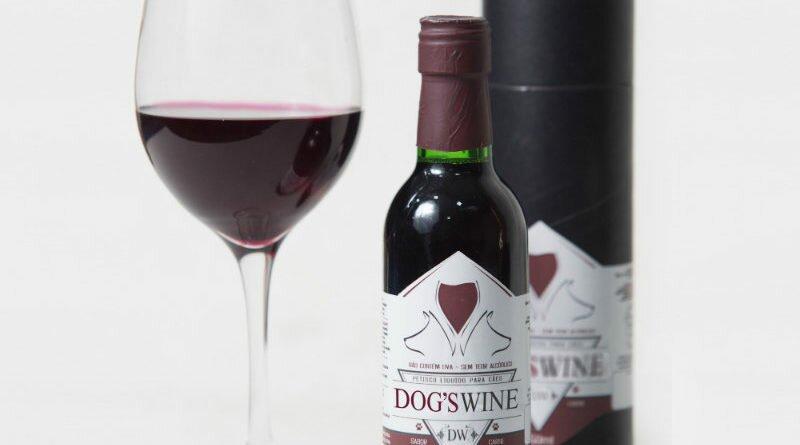 vinho-para-caes-de-250ml-sem-alcool-e-sem-uva-clube-das-comadres