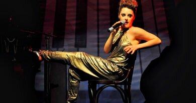 Alessandra Maestrini em dois musicais no Rio - Clube das Comadres