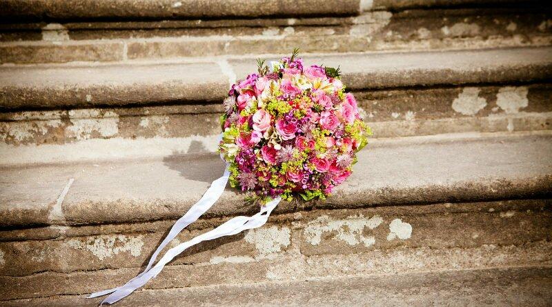 Casamento tem emoção, mas exige pés no chão - Clube das Comadres