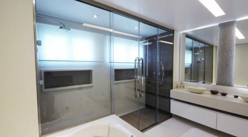 banheiro quente e para o banho