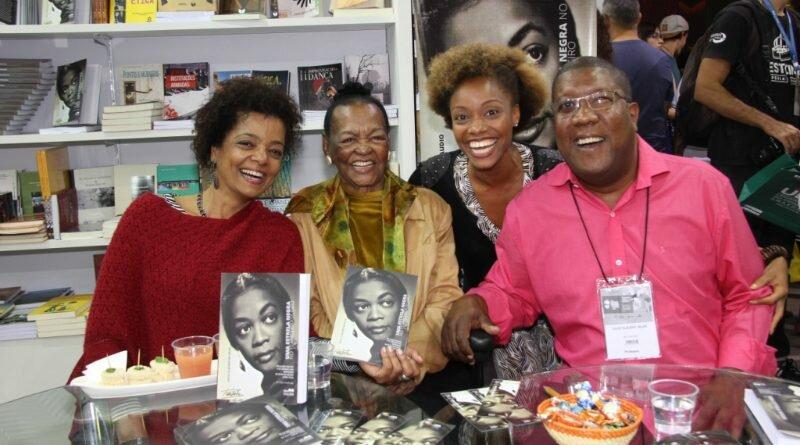 Ruth de Souza-livro-bienal
