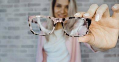Óculos: escolha o modelo ideal para seu rosto